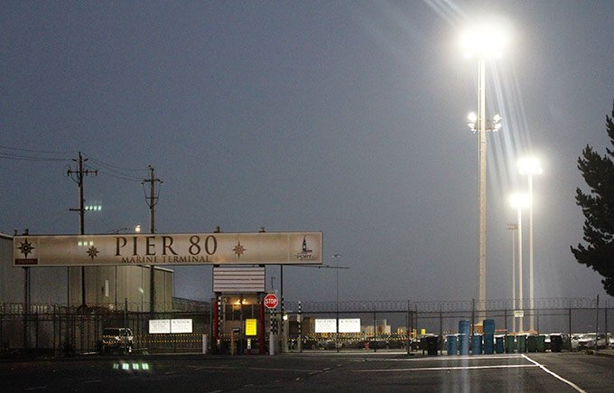 LED High Mast Lights bright up the Port of San Francisco Manufactered by Yaham Lighting