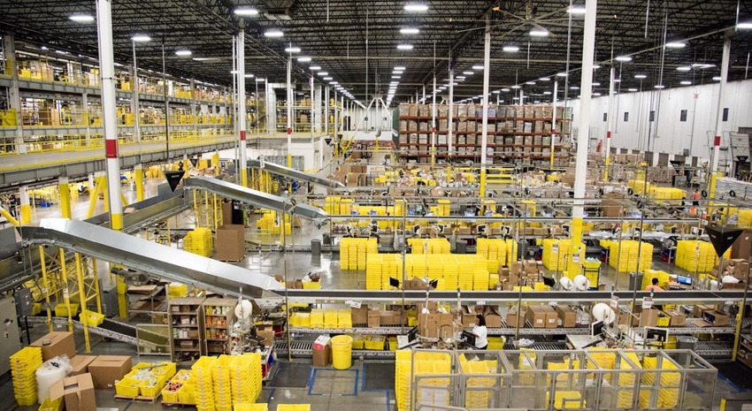 Tracy fulfillment center of Amazon——100,000 square meters logistics hub, equivalent to 28 football fields.